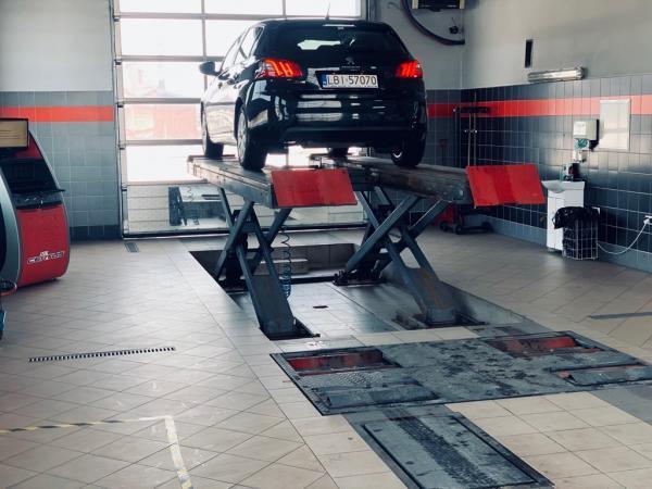 Samochód u mechanika Piszczac 06